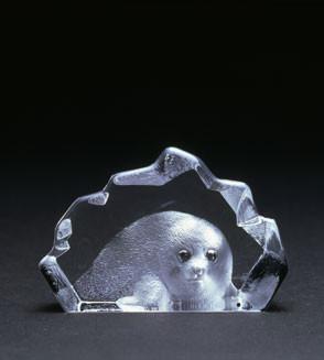 Mats Jonasson Miniatur-Kristal Robbe